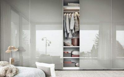 Sliding wardrobe doors: how to pick your design