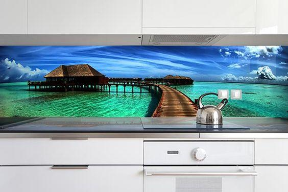 Digitally printed glass splashbacks